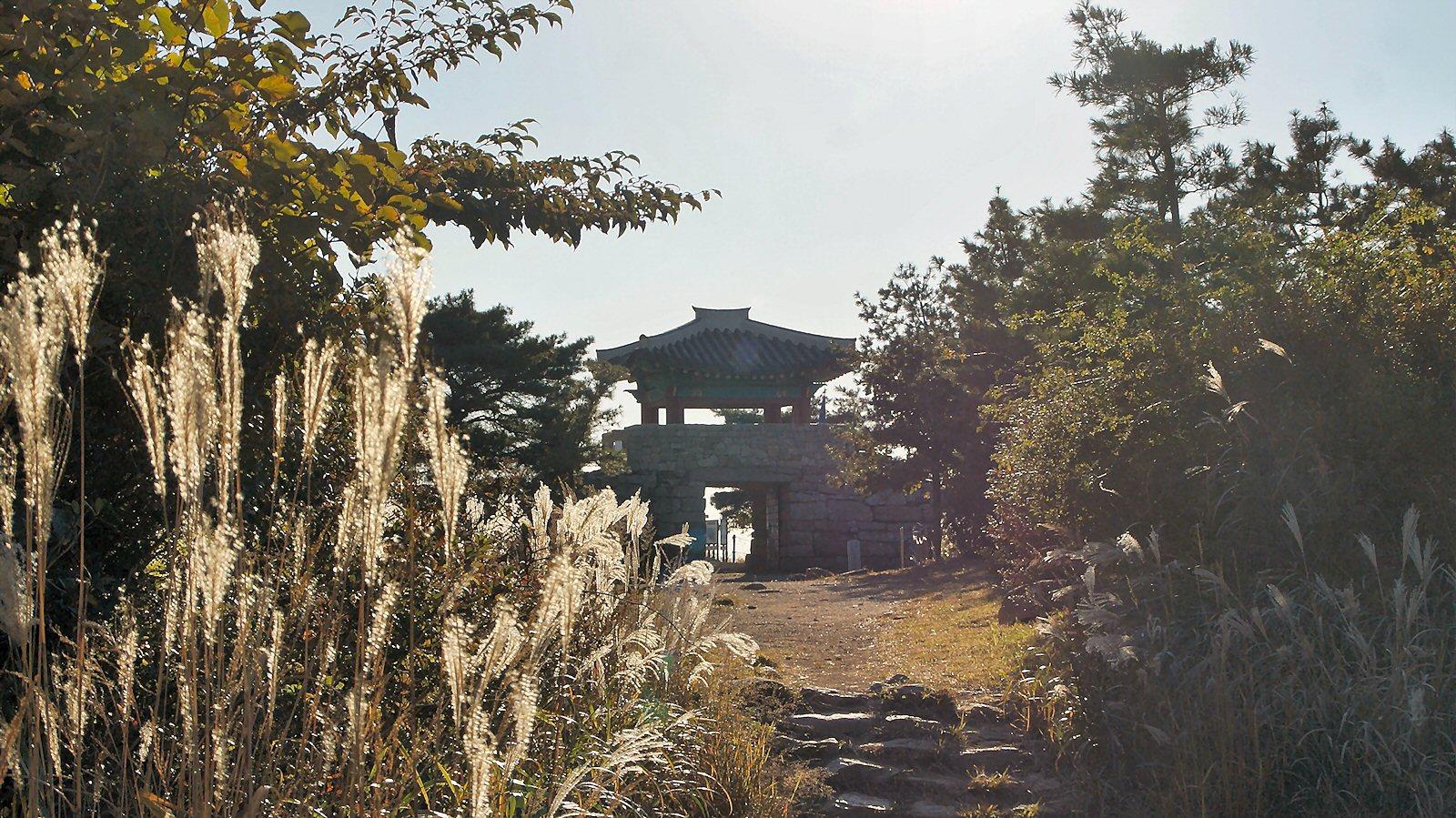 금정산성 북문